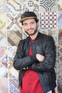 Alessio Vabres, gestore della bottega caffè di Sanlorenzo Mercato di Palermo.