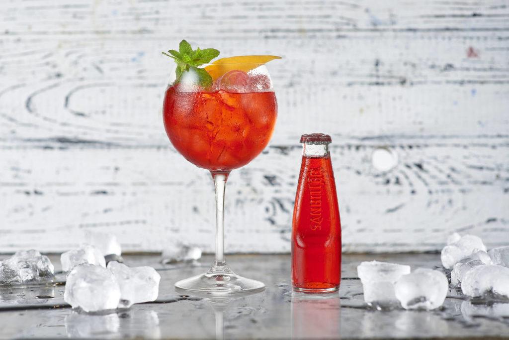 Cocktail Bar - Magazine cover