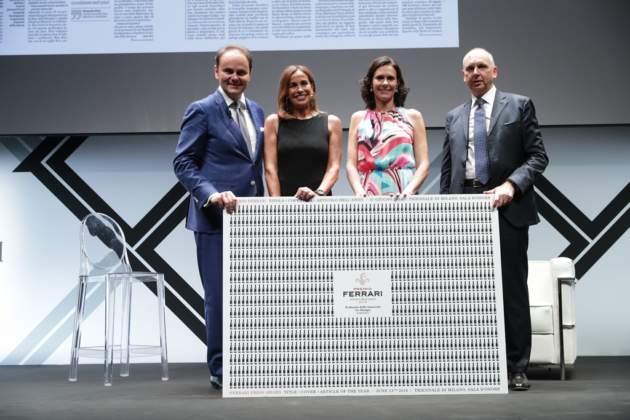 Matteo e Camilla Lunelli con Cristina Parodi e il vicedirettore della Stampa Luca Ubaldeschi