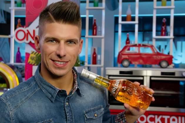Bruno Vanzan, bartender campione del mondo, testimonial della gamma di liquori per la miscelazione Volare