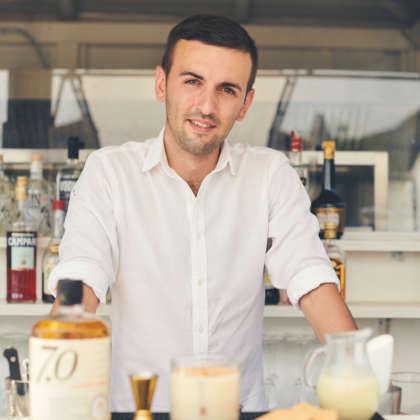Il bartender Nicola Mancinone