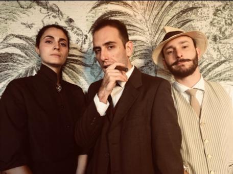 Gli attori della Civica Scuola di Teatro Paolo Greassi che hanno impersonato Doña Amalia (Chiara Claudi), Don Facundo Bacardì Massò (Luca D'Addino) e Monsieur Boutullion (Enrico Pittaluga). foto Laura Dondi