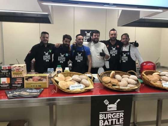 Concorrenti Burger Battle presso la sede Ristopiù Lombardia, Milano