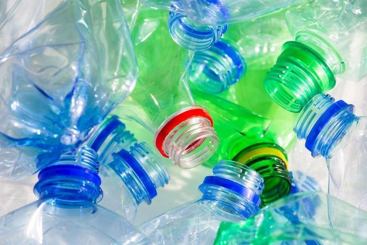 Nestlé Waters nel consorzio Carbios-L'Oréal per il riciclo della plastica