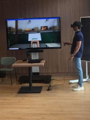Dimostrazione del percorso virtuale con visore Acer Ojo 500