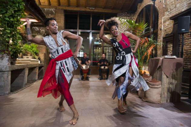 Esibizione di danza tipica tribale del Ghana a cura di Bruno Genero Ensamble