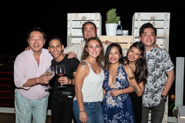 Terry Lang (Cina), Jon Lee (Singapore), Greg Kong (dietro) e Marian Scaturro (Usa), Chau Trau (Australia), Odette Ody Cruz (Messico), Alvin Chong (Hong Kong).