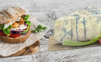 Gorgonzola e panino gourmet
