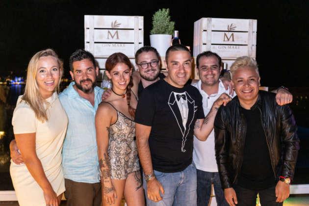 "Pippa Guy, Jorge Balbontin, Yael Vengroff, Joe Schofield, Fanrizio Fiorani, Cesar Daniel ""Burrin"" Ponce, Jonat Gomez Luna."