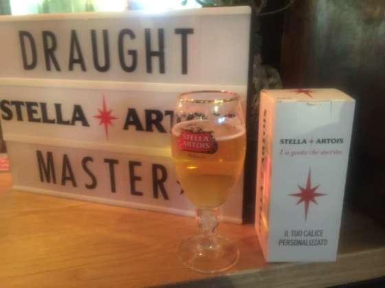 Targa luminosa del Draught Masters Stella Artois 2019