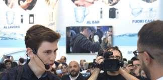 Daniele Ricci durante la finale del campionato baristi di Sca Italy