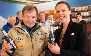 Il presidente Fisi Flavio Roda brinda al debutto dell'analcolica Forst 0,0% con Cellina von Mannstein di Birra Forst