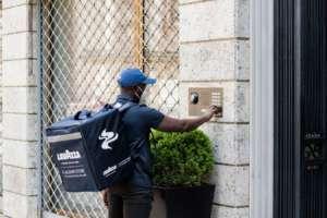 Attivo il servizio di consegna a domicilio