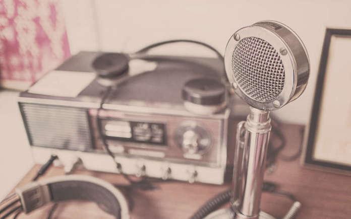 Microfono Radiola