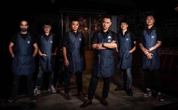 Luca Cinalli, Kenny Shi (relazione clienti), Frankie Hong (amministrazione), Allen Cheng (direttore creativo e bartender), Sam Kuan (general manager e bartender) e Rex Lin (pr)