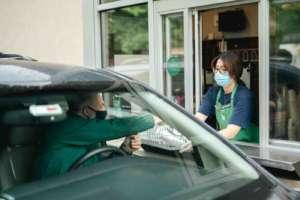 Drive thru di Starbucks Coffee