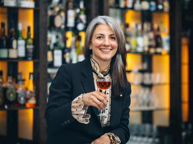 Giulia Cuccurullo head bartender Artesian bar Londra on Bar